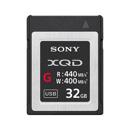 XQD řady G - 440 MB/s (čtení), 400 MB/s (zápis)