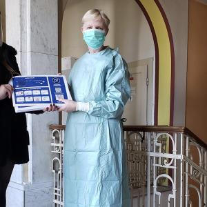 Darovali sme 30ks protivírusových ochranných štítov